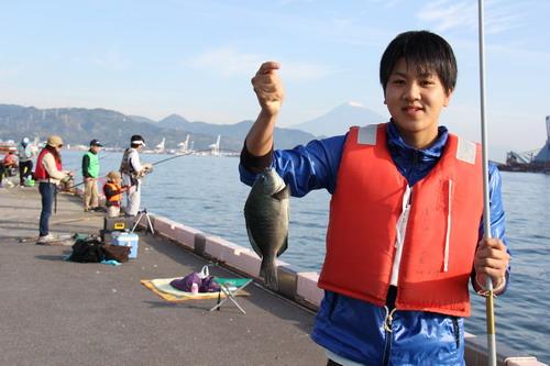 清水港日の出埠頭解放「釣りフェスタ」大成功_f0175450_5143531.jpg