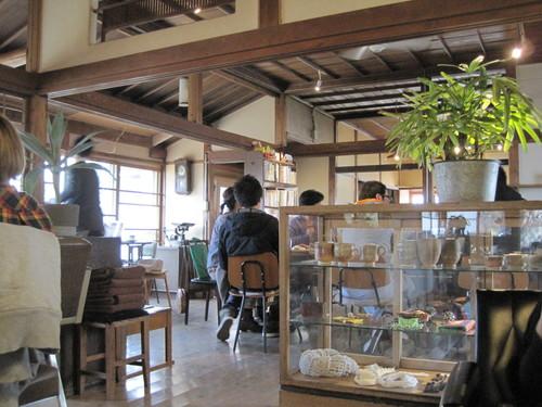 YUSHI CAFE_f0236260_2230405.jpg