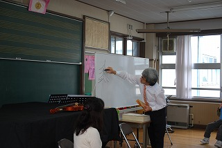 フェアー後の活動 その1 小学校訪問_d0047461_1532129.jpg