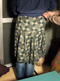 『ちくちく手縫い教室』あったかギャザースカート作り_b0153663_2250645.jpg