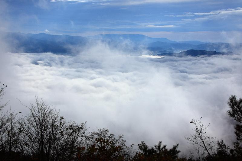 雲沸き立つ、遠野盆地_e0183063_948283.jpg