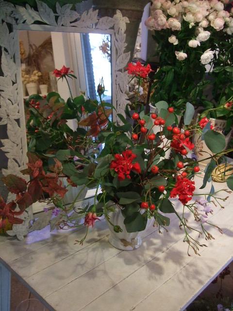 オークリーフ花の教室(松崎さんの作品)_f0049672_16342527.jpg