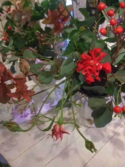 オークリーフ花の教室(松崎さんの作品)_f0049672_16393858.jpg