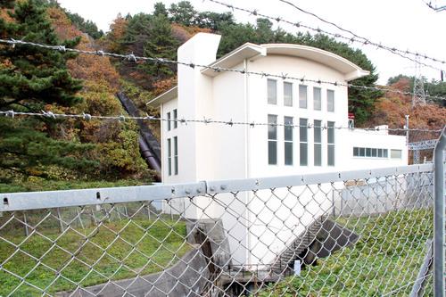 松神発電所_e0054299_17394956.jpg