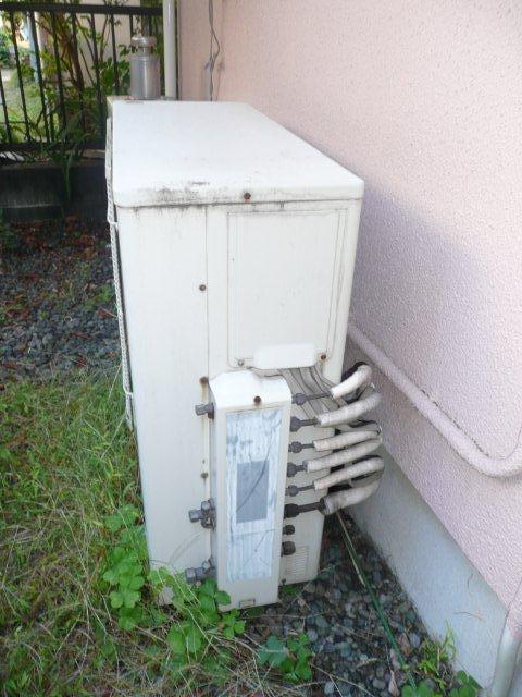 3室マルチエアコン<隠蔽配管仕様>の入替(横浜市)_e0207151_20354028.jpg