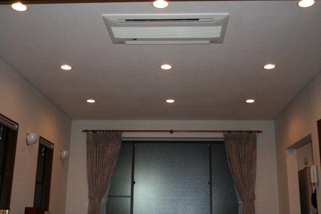 3室マルチエアコン<隠蔽配管仕様>の入替(横浜市)_e0207151_20472975.jpg