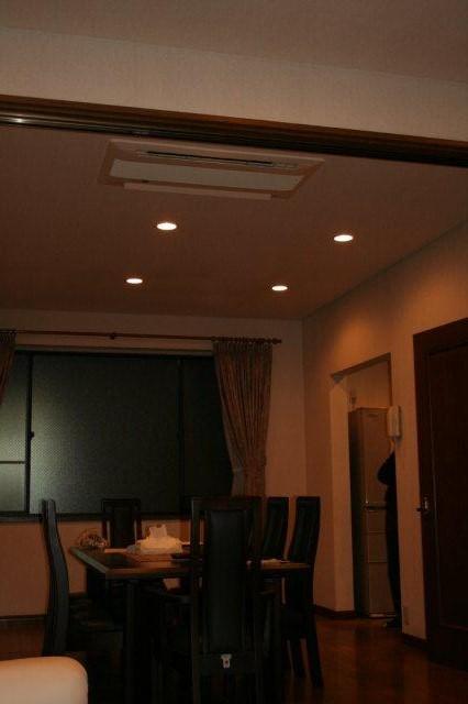 3室マルチエアコン<隠蔽配管仕様>の入替(横浜市)_e0207151_20474128.jpg