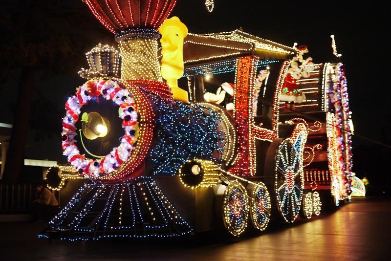 Tokyo Disneyland ~エレクトリカルパレード~_a0127090_20592370.jpg
