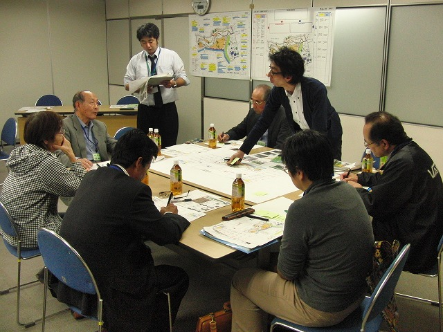 グループごとの検討の進め方が興味深い「吉原公園再整備検討」ワークショップ_f0141310_759329.jpg