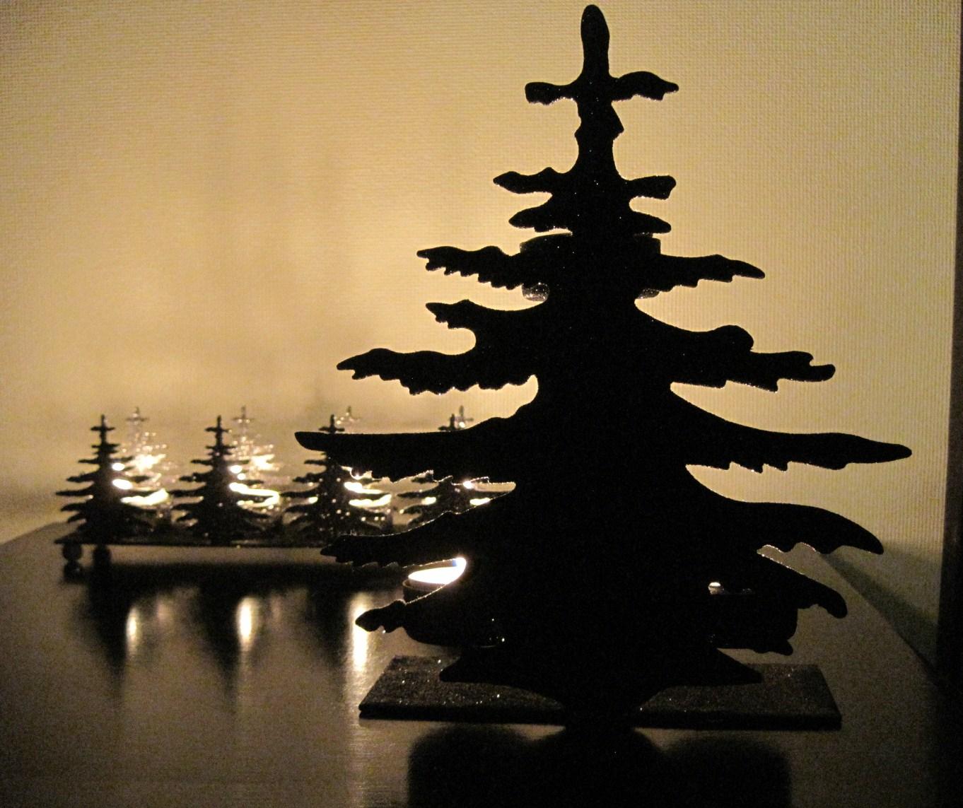 モミの木のキャンドルホルダー_f0236260_1927540.jpg
