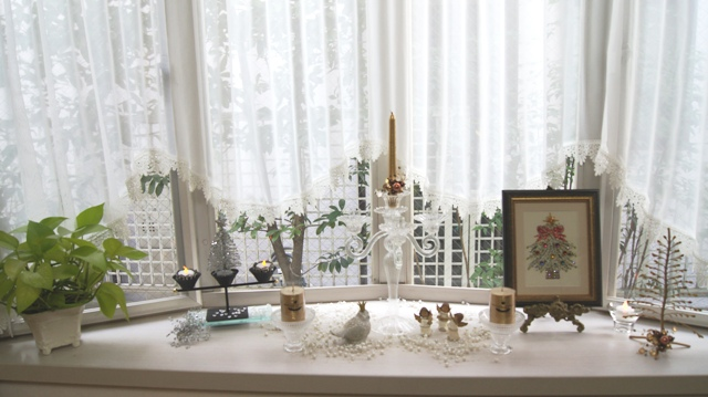 出窓をクリスマスイメージに~♪_f0029571_230840.jpg