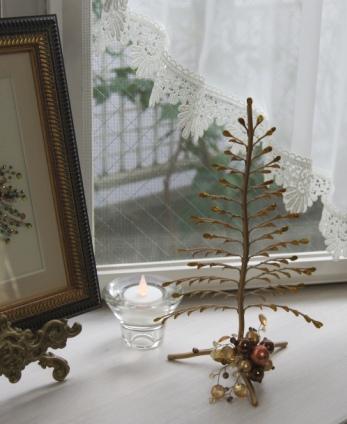 出窓をクリスマスイメージに~♪_f0029571_3191467.jpg