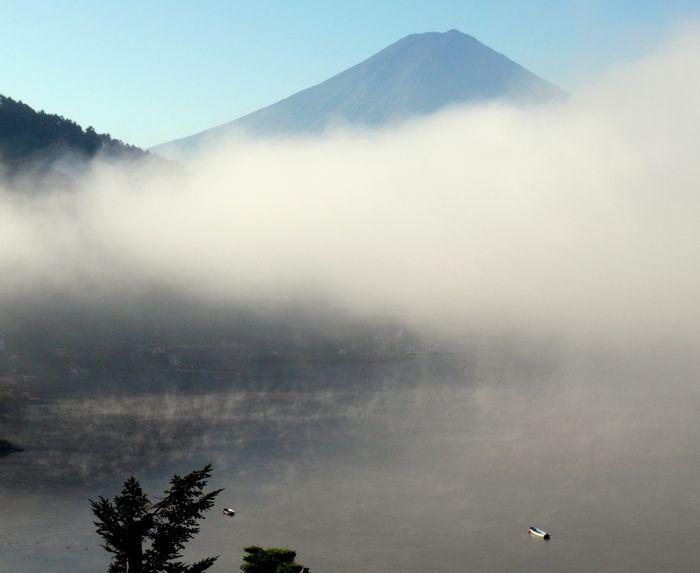 河口湖からの早朝 6/7_b0093088_91553.jpg