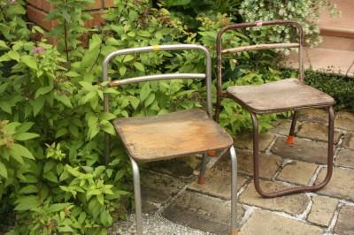 コチラにも少し写っています → ★この「古い幼稚園の椅子」をイベント価... 古い幼稚園椅子・