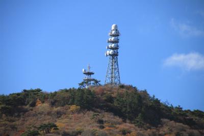 六甲山ロックガーデン・東おたふく山から黒岩西尾根を登る_d0055236_2236131.jpg