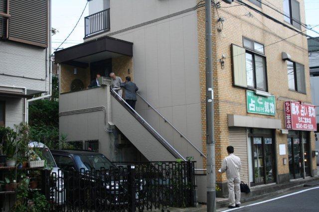 エクステリア&階段昇降機取付が完了しました(横浜市)_e0207151_11412399.jpg