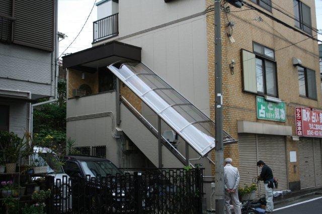 エクステリア&階段昇降機取付が完了しました(横浜市)_e0207151_11434989.jpg