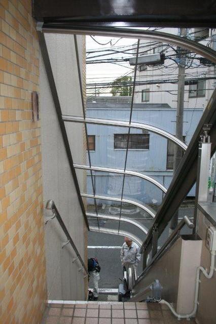 エクステリア&階段昇降機取付が完了しました(横浜市)_e0207151_11444354.jpg
