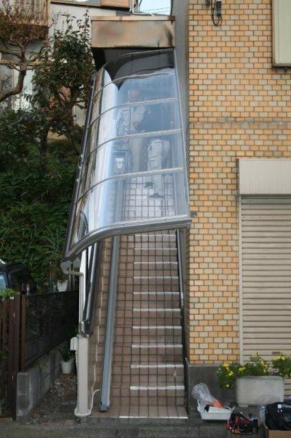 エクステリア&階段昇降機取付が完了しました(横浜市)_e0207151_11445480.jpg