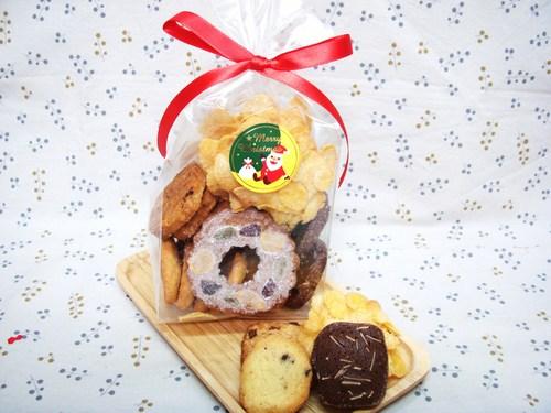 クリスマスクッキーのお知らせ_b0203716_1584543.jpg