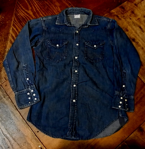 11/19(土)入荷! Wrangler denim shirts!_c0144020_15534144.jpg