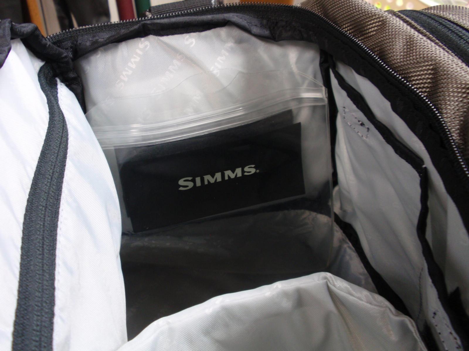 ・SIMMS_a0165135_23344438.jpg