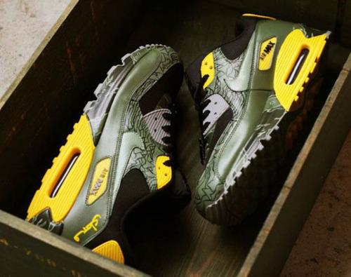 """Nike Air Max 90\'s \""""Unknown Pleasures\""""_e0121640_19404099.jpg"""