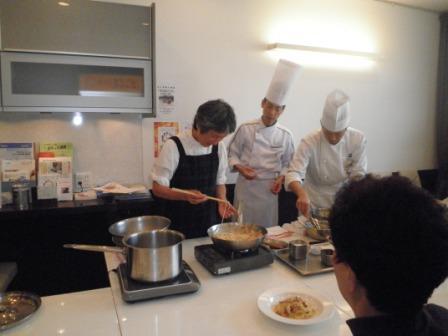 第15回 お料理教室_e0190287_12553556.jpg