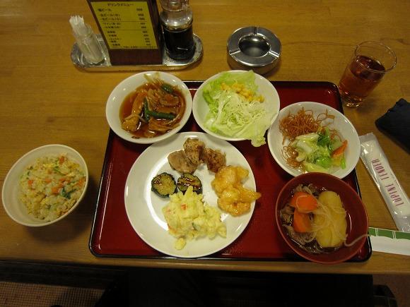 パークホテル臨海 / ランチバイキング840円!_e0209787_13385470.jpg
