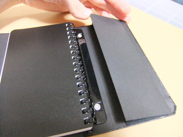 リヒト・THE DESIGN MIND COMPANYノートブック。_f0220714_21235175.jpg