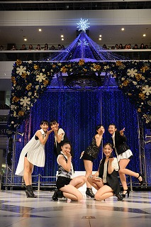 アイドルグループ「Fairies(フェアリーズ)」が早くも2ndシングル動画を更新!!_e0025035_1195595.jpg