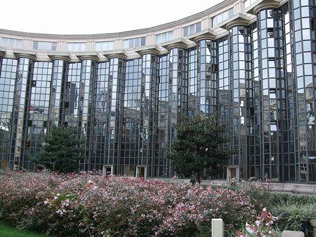 パリの建築(パリ便り5)_c0176078_15261950.jpg