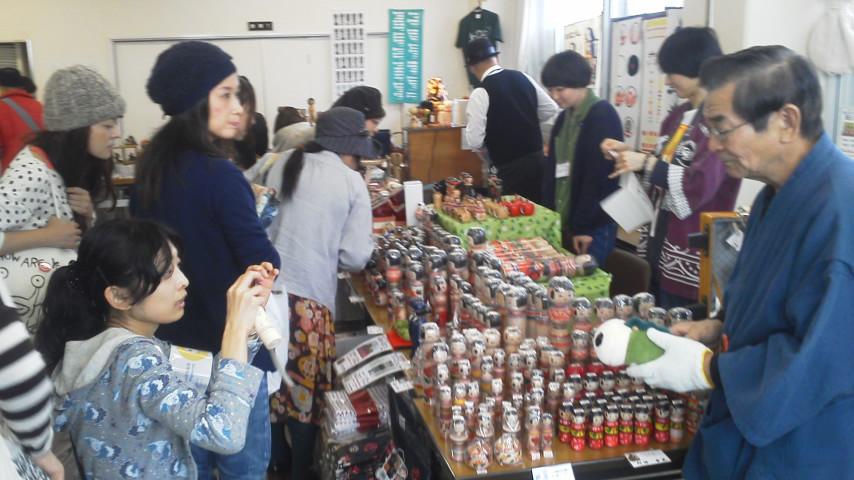 「MY FIRST KOKESHI!~はじめての伝統こけし~    in 高円寺フェス2011」 2011・11・13 前編 _b0209890_19154380.jpg