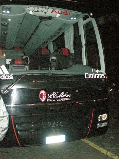 フィレンツェで偶然A.C MILAN に遭遇しました!!_c0179785_4481533.jpg
