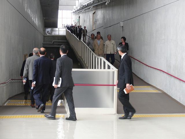 議会で青葉台地区の皆さんと所沢市東部クリーンセンターを視察_f0141310_791493.jpg