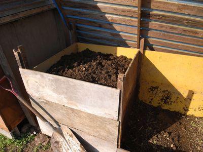 野菜残渣堆肥_c0063348_7273113.jpg