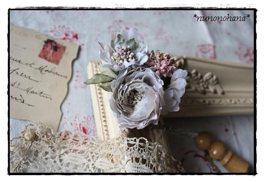 スカビオサと薔薇のコサージュ_a0094675_14412252.jpg