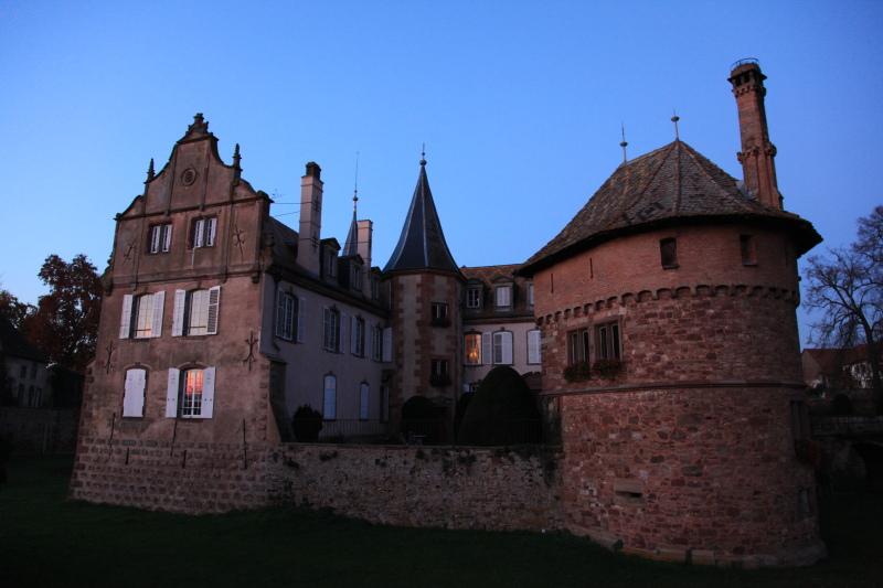 古城の夕景_c0187779_2592438.jpg