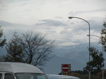 うっすら雪景色の八ヶ岳_a0211886_1775850.jpg