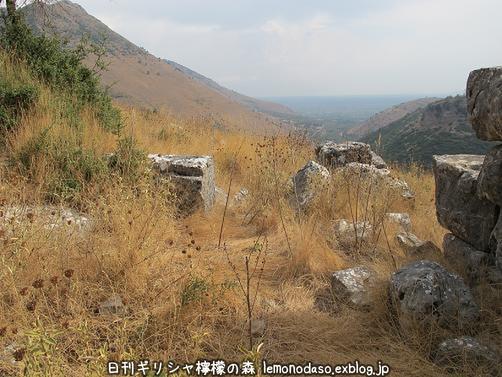古代オッラオンのアクロポリス_c0010496_1814264.jpg
