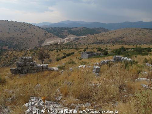 古代オッラオンのアクロポリス_c0010496_18314915.jpg