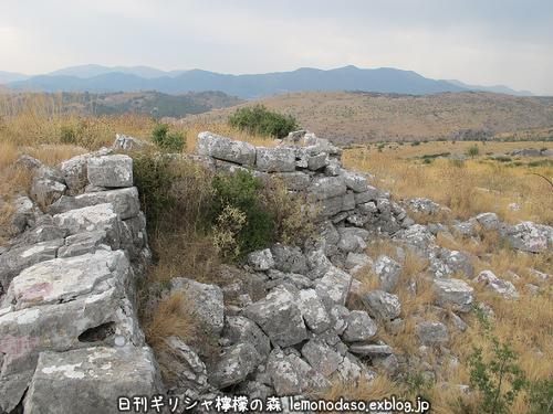 古代オッラオンのアクロポリス_c0010496_1832251.jpg