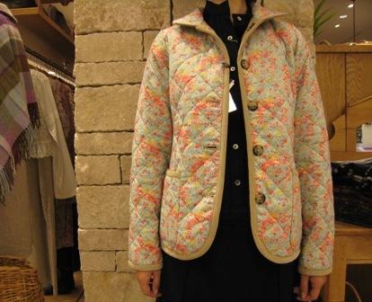 ルミノア リバティリバーシブルキルティングジャケットです。_c0227633_2211974.jpg