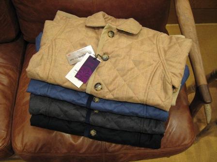 ルミノア リバティリバーシブルキルティングジャケットです。_c0227633_229076.jpg