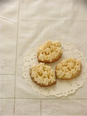 カフェキャトルさんでお菓子を召し上がって頂けます。_d0062239_21265567.jpg