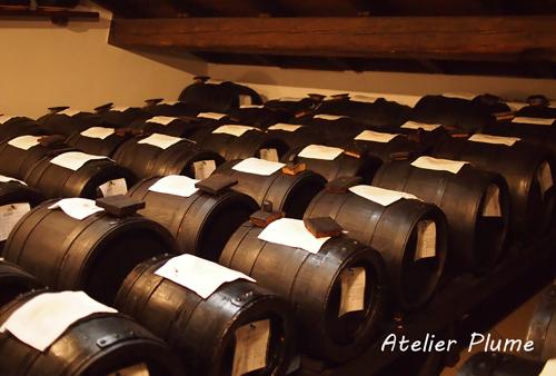 イタリアの旅  モデナのバルサミコ酢生産者を訪ねる_e0154202_18472695.jpg