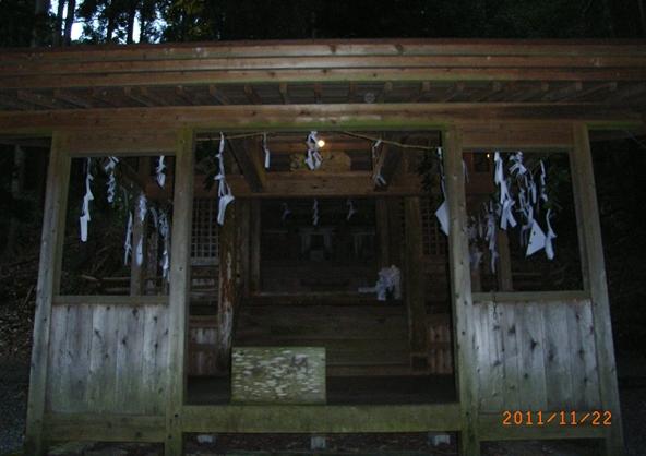 一夜の祭「栂尾神楽」に生きる_a0237545_23364664.jpg