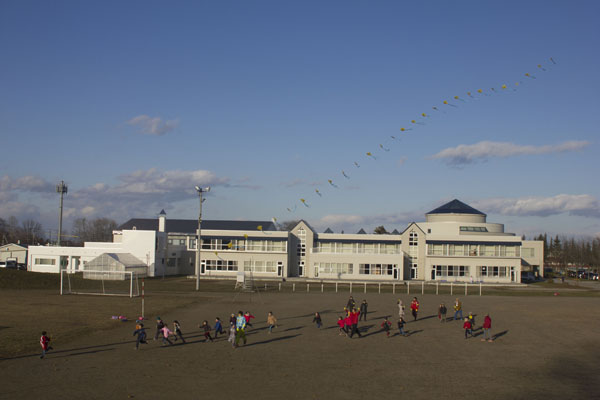凧を作ること、凧をあげること_a0062127_16594960.jpg
