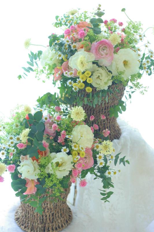 ご両親様への贈呈用の花 アレンジメントで_a0042928_0445683.jpg