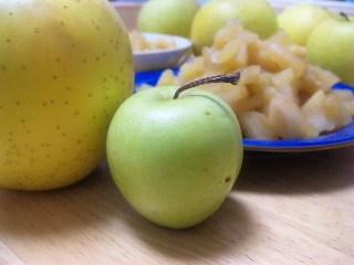 手作り林檎の生姜煮_a0103940_23544594.jpg